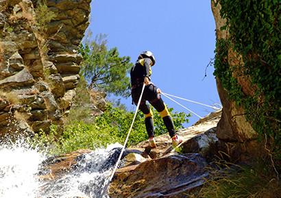 Activité événementiel canyoning dans les Pyrénées