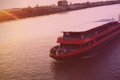 Agence événementielle toulouse bateau