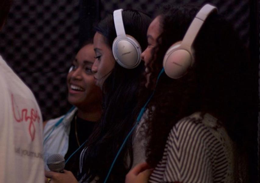 Animation karaoké entreprise filles