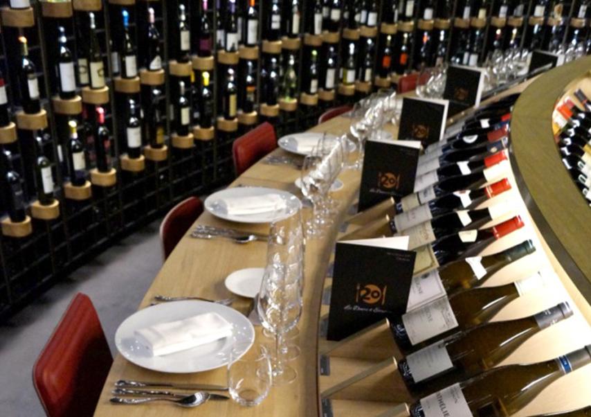Diner oenologique Bordeaux entreprise