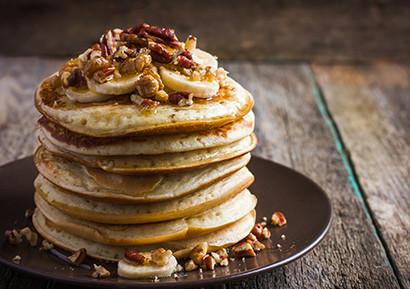 Petit déjeuner d'entreprise pancakes