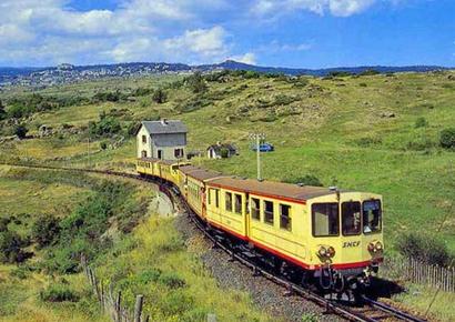 Petit train jaune Mont Louis