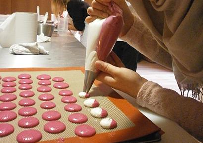 Preparation macarons entreprise Toulouse