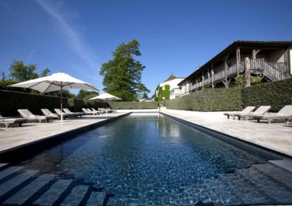 Séminaire haut de gamme à Bordeaux piscine
