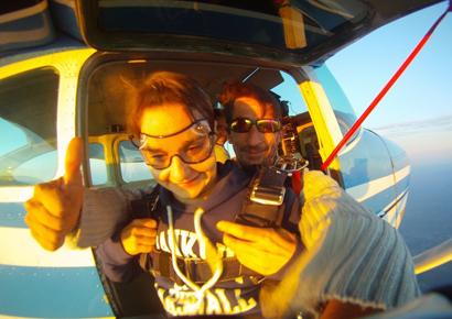 Saut en parachute tandem dans le Perigord
