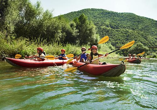 Team building Canoe