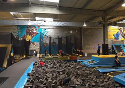 Team building trampoline vue densemble