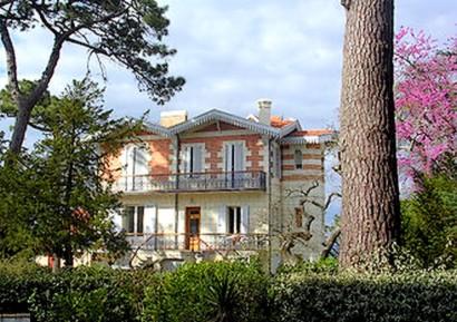 Villa dans ville d'hiver