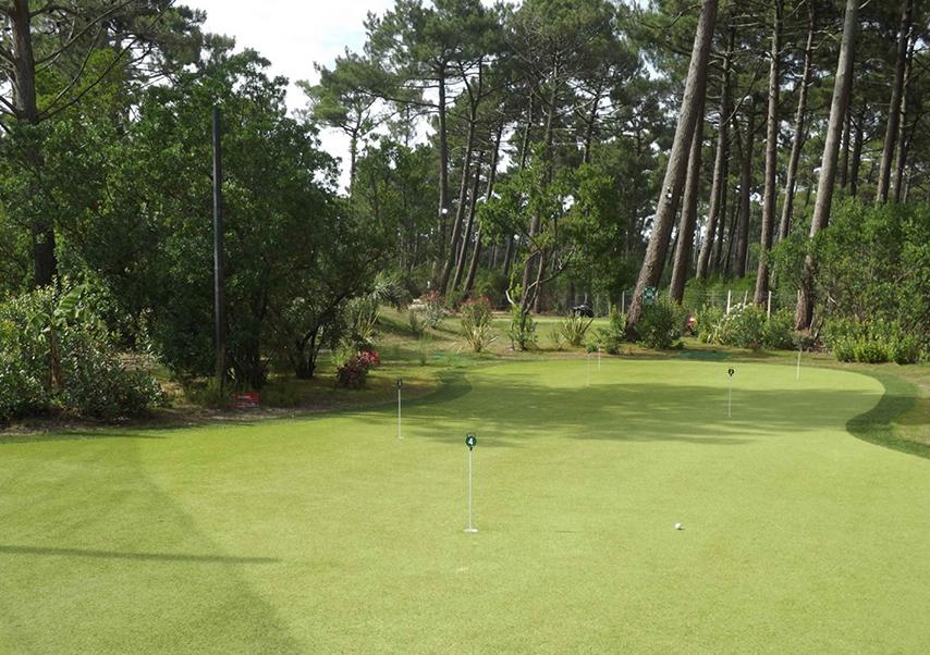 golf nocturne terrain