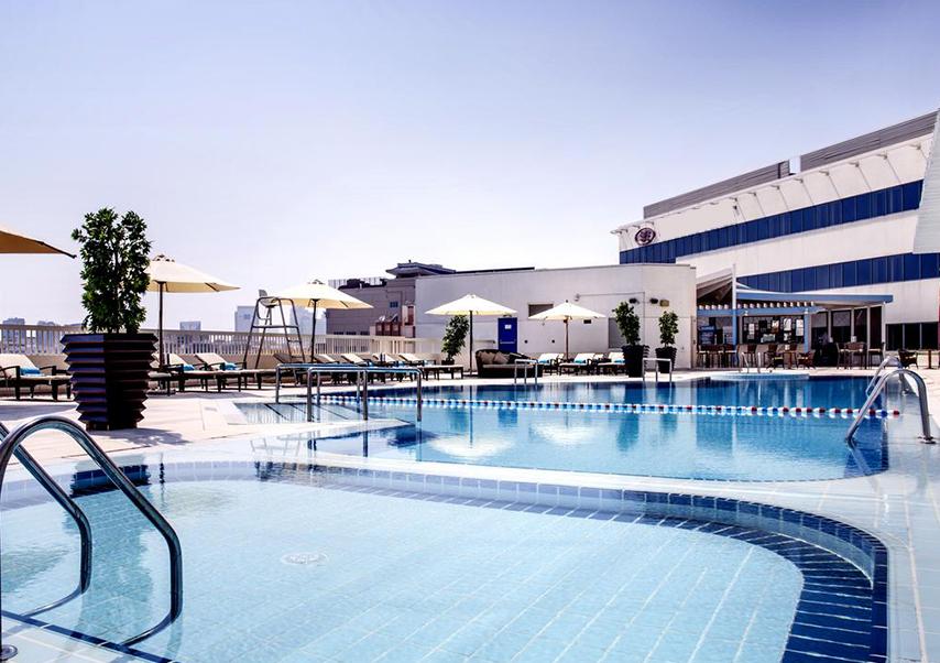 organisation congrès dubai piscine