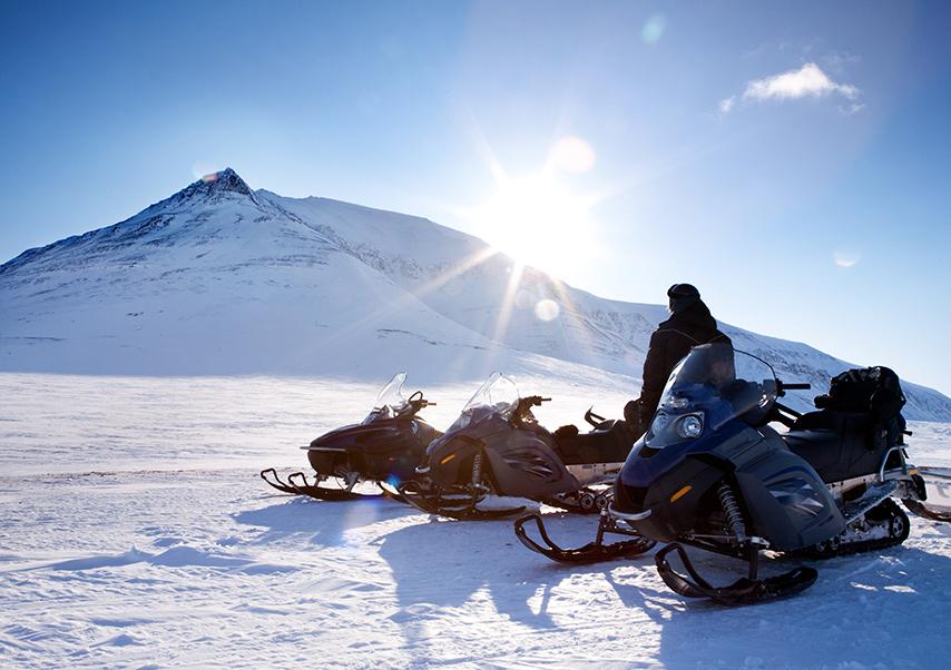 team building andorre moto neige
