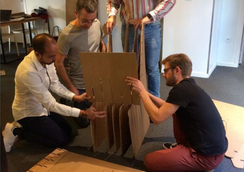 team building création objet carton